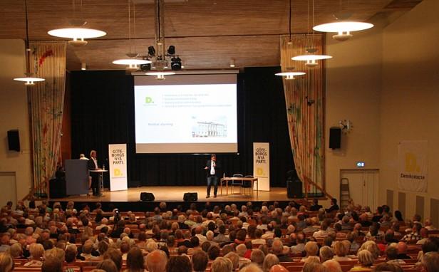 Partiordförande Martin Wannholt på Demokraternas årsmöte 14 maj 2018.