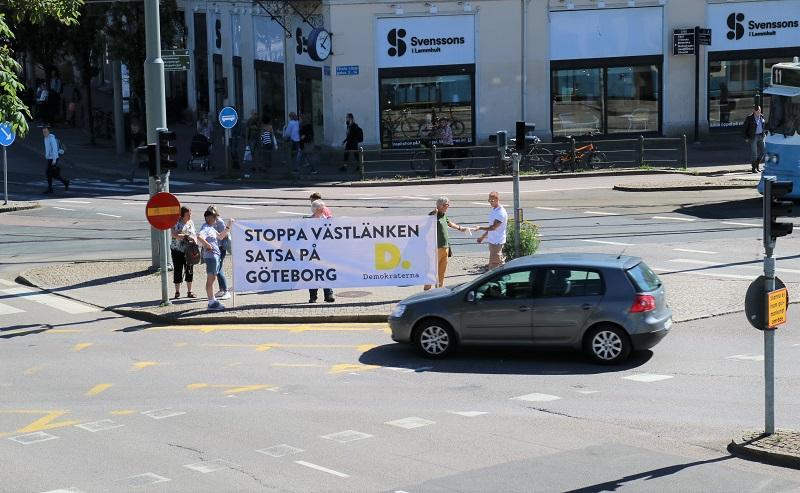 Kampanj på stan 25 juni 2018.