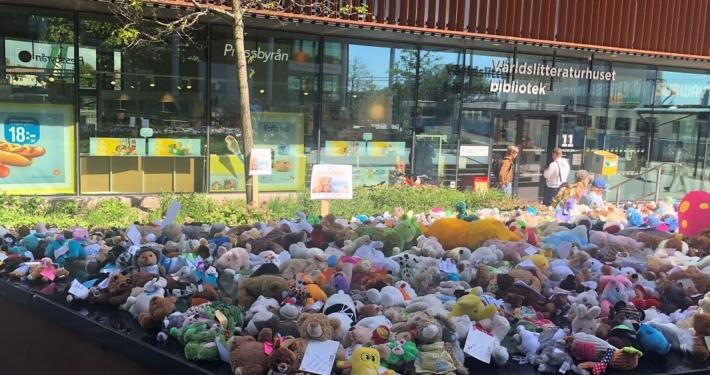 Nallemanifestation utanför grundskoleförvaltningen i juni 2020